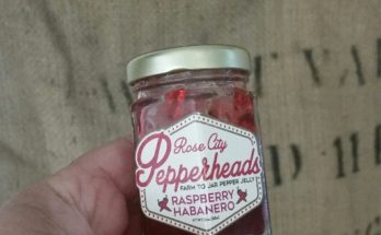 rose-city-pepperheads-raspberry-habanero-pepper-jelly